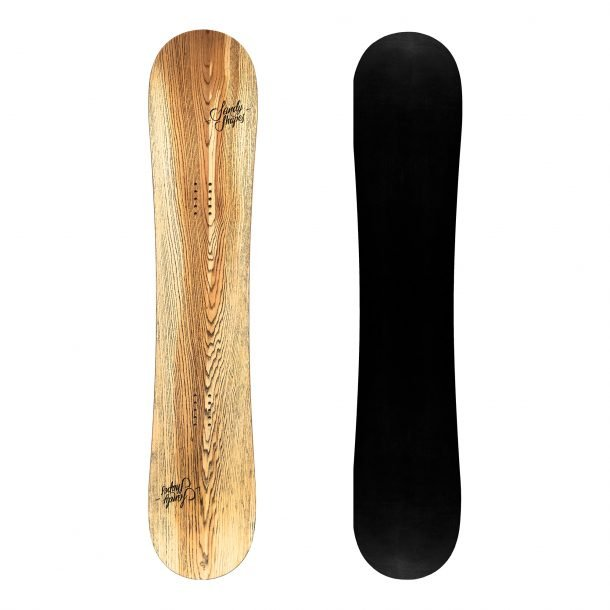 Sandy shapes Ribelle, twin-tip freestyle snowboard in natural wood