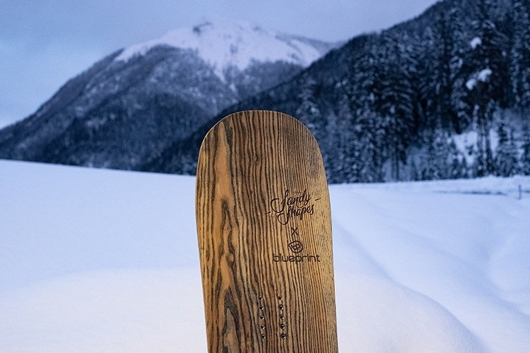 sandy shapes snowboard edizione limitata personalizzata per blueprint eyewear