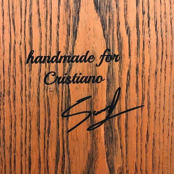 Snowboard fatto a mano per cristiano