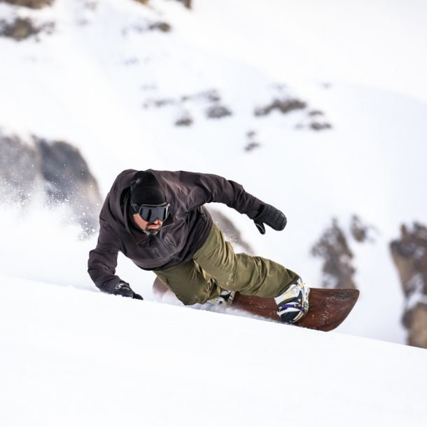 Snowboard Carving