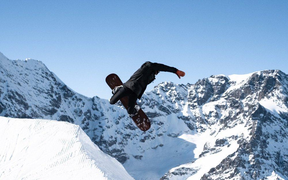snowboard all mountain freestyle